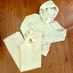 NWT Juicy Couture Velour Tracksuit Lg Vespa Green